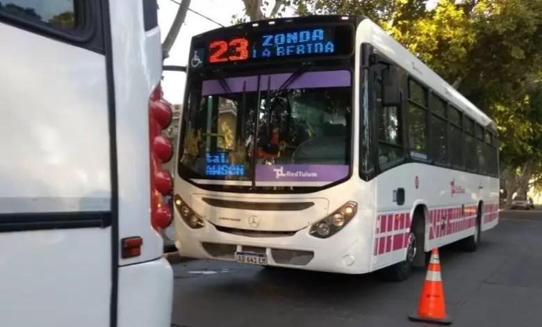 Photo of Colectivos: UTA amenaza con un paro el jueves