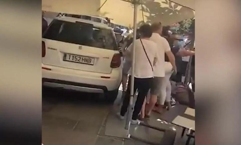 Photo of Tragedia en España: auto atropelló a una multitud sobre la vereda de un bar, varios heridos