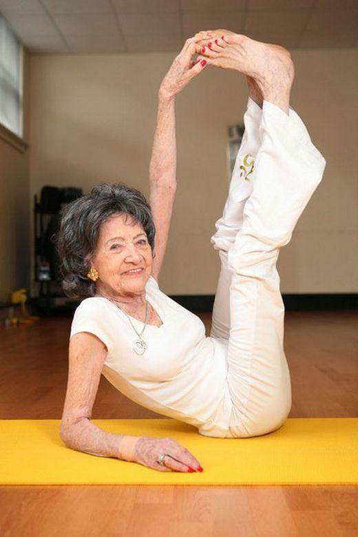 Yoga geeft je flexibiliteit, zoals in je kindertijd