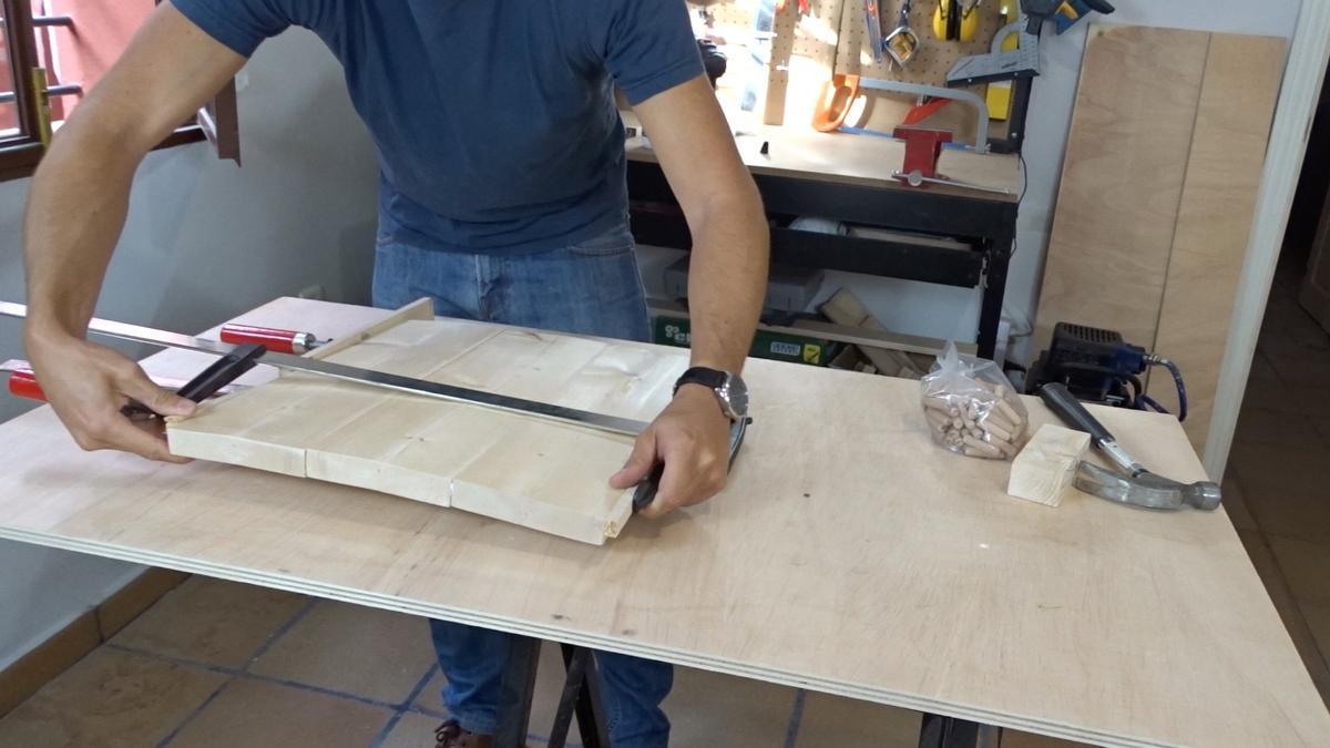 Mesa auxiliar de diseño industrial 4 : Industrial side table