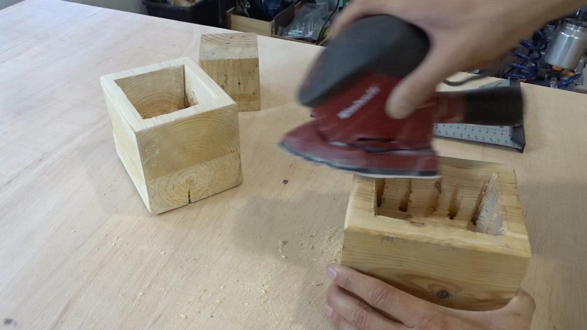 Macetero colgante de cemento 24