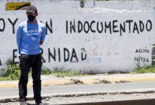 Foto de Mexicanos en EU enfrentan la COVID-19 con remedios caseros por barreras en el sector salud