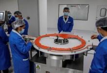 Foto de China prevé la fabricación de 610 millones de dosis de vacuna contra la COVID-19; para 2021 serán mil millones
