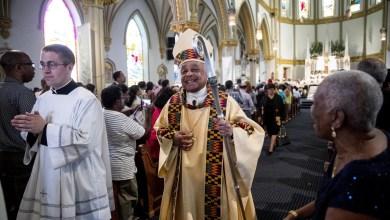 Foto de El arzobispo Gregory se enfrentó a Trump. Ahora está a punto de ser el primer cardenal negro en EE. UU.