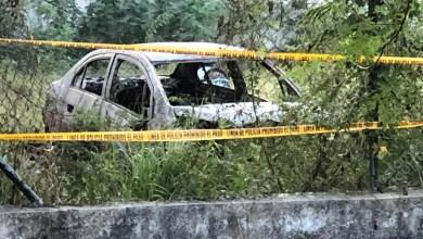 """Foto de Encuentran calcinado el vehículo robado en la casa del doble homicidio de """"San Damián"""""""