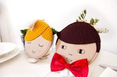 Diseños personalizables para los novios. Hechos en fieltro y bordados a mano