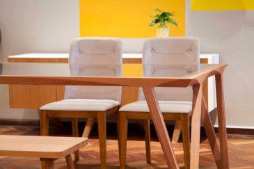 Mesa e banco Luia Mantelli