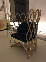 Exposição no Palazzo Litta, é a estreia da marca ars fabricandi no Fuori Salone, apresentando uma coleção inédita de mobiliário, luminárias e objetos. A exposição reúne criações de grandes nomes do cenário internacional, além dos brasileiros Carol Gay, Ana Neute e Rafael Chvaicer.