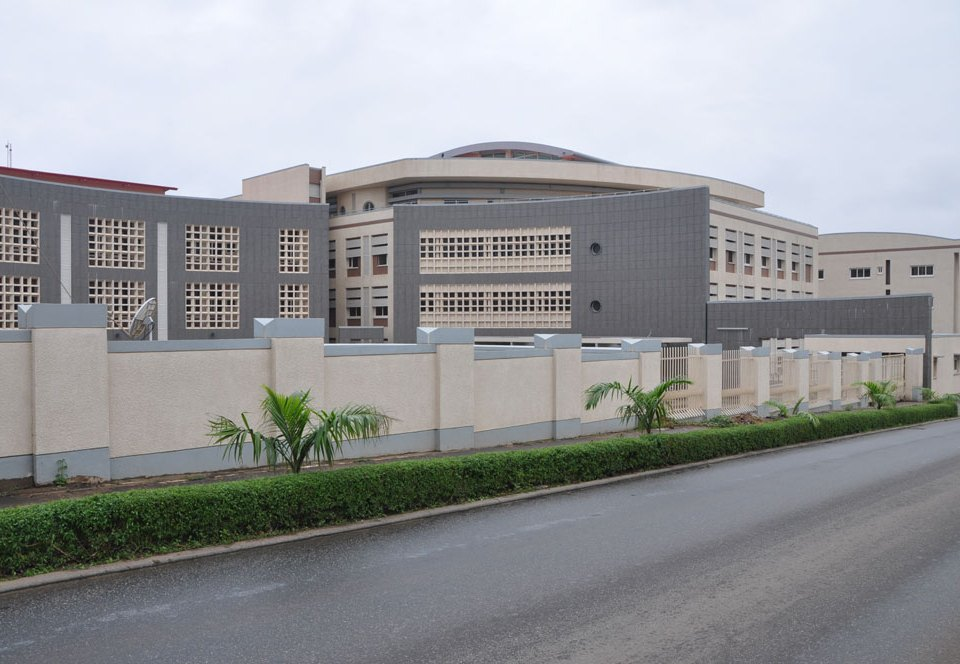Development: Reliance Referral Hospital, Garki II, Abuja - FCT. Image Source: Hotels.ng