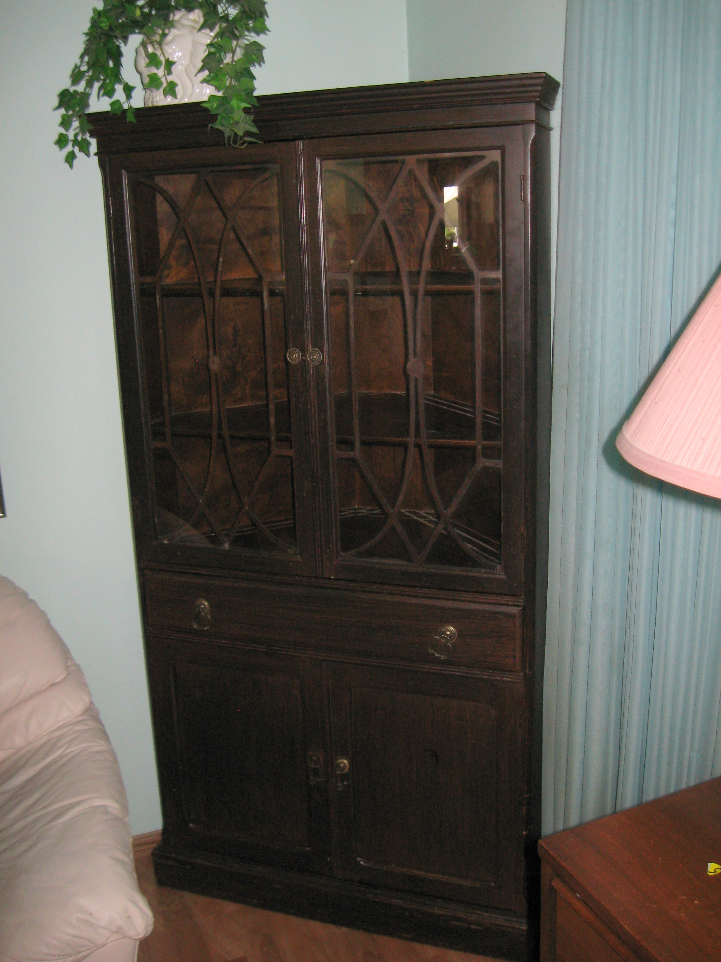 SOLD ANTIQUE CORNER CHINA CABINET 1945 Made In Canada