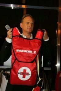 Bryan Peele evacuchute