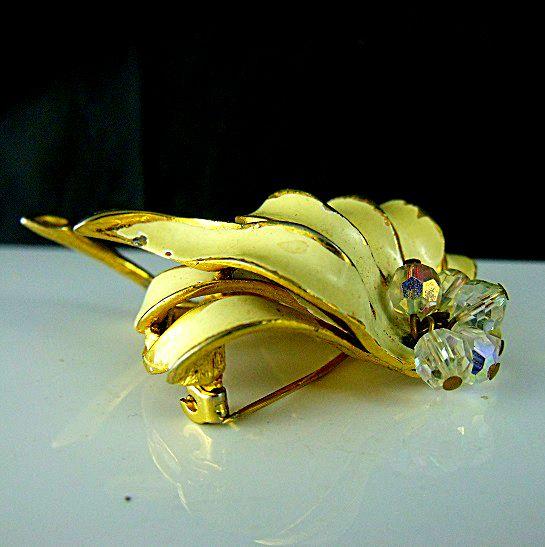 Capri Jewelry Brooch