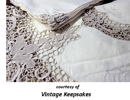 Victorian Romantic Dinner Cloth