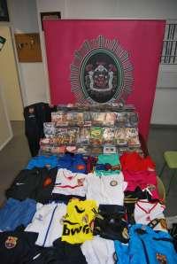 La Policía Local interviene más de 10.000 artículos procedentes de la venta ambulante ilegal