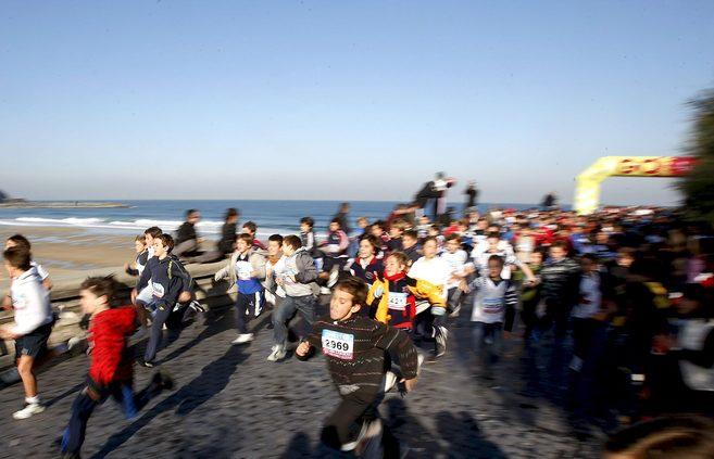 Participantes en una carrera infantil celebrada en San Sebastián.
