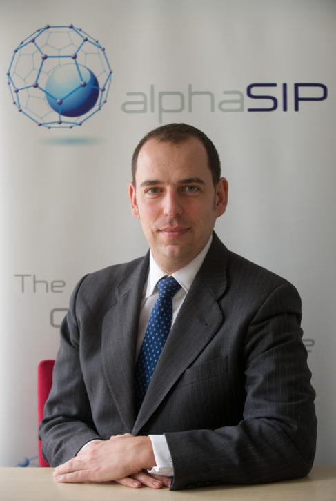 El CEO de AlphaSIP, Miguel Roncales, en la empresa zaragozana.