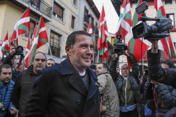 ETB oculta la vinculación de Arnaldo Otegi con ETA | País Vasco | EL MUNDO