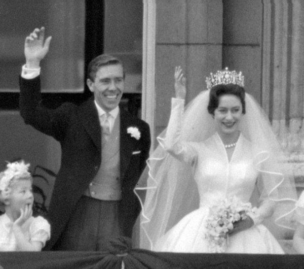 Muere a los 86 años Lord Snowdon, el ex cuñado de la Reina ...