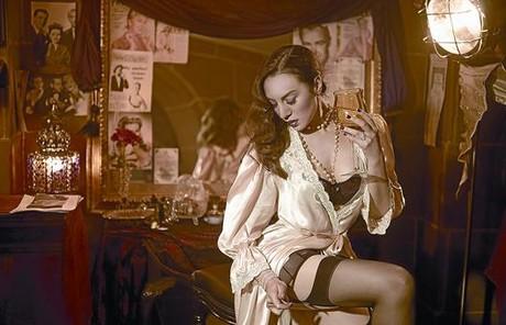 La cantant de Figueres Mónica Naranjo, en una imatge de l'espectacle 'Madame Noir', en què interpreta una actriu dels anys daurats.