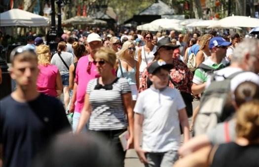 Resultado de imagen de turista en catalunya