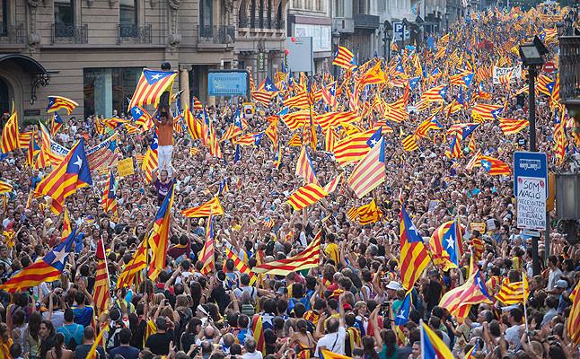 Resultado de imagen de fotos manifestaciones independientes de catalunya