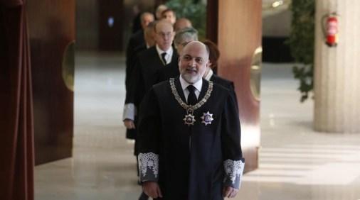El presidente del Tribunal Constitucional, Francisco Pérez de los Cobos, a su llegada al acto de toma de posesión de los nuevos magistrados del TC.