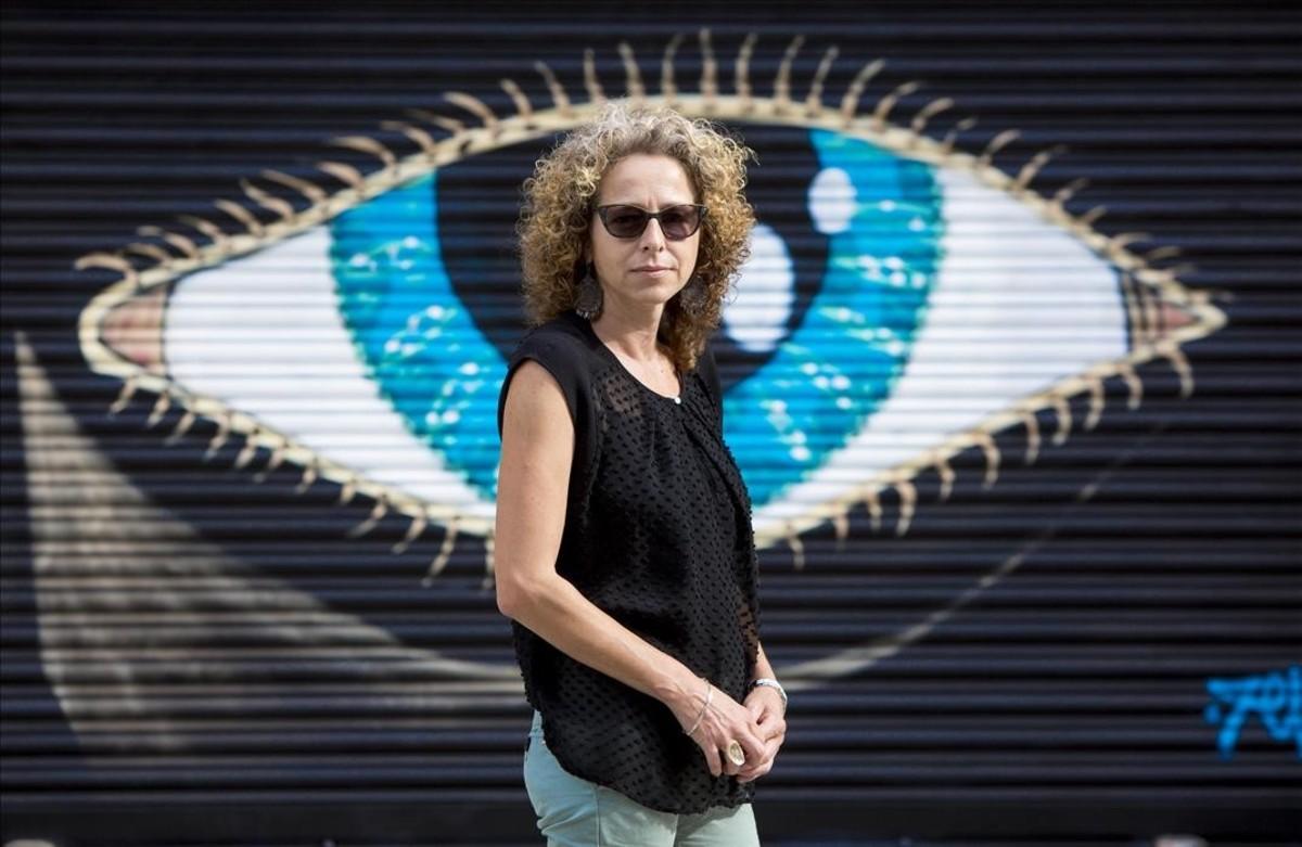 Dos mossos se sientan en el banquillo de los acusados por reventar un ojo a Quintana