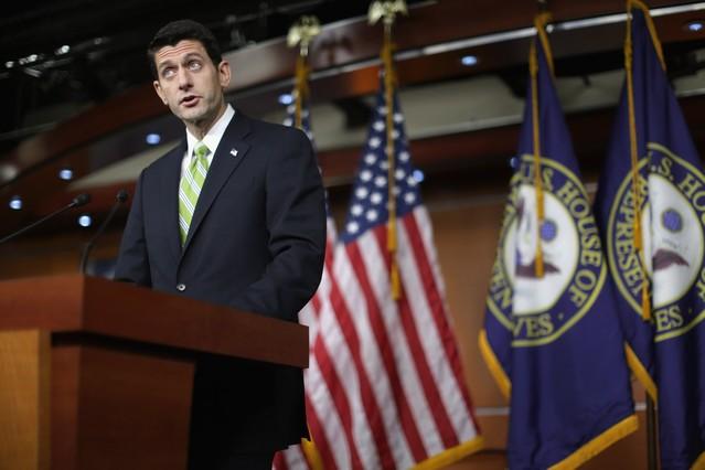 El presidente del Congreso de EEUU, el republicano Paul Ryan, marca distancias con Trump