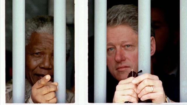 Resultado de imagen para Nelson Mandela en la cárcel