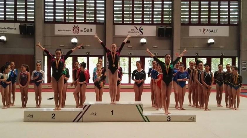 El Club Gimnàstica Les Moreres de Esplugues consigue siete medallas de oro