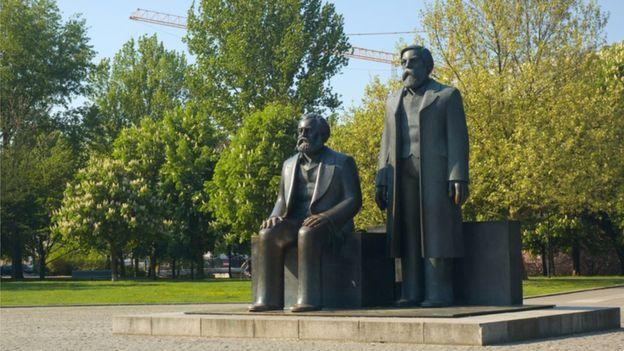 Marx y Engels mantuvieron una gran amistad además de colaborar profesionalmente.