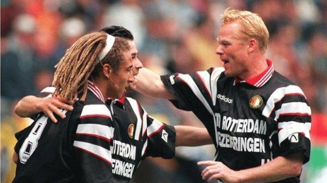 Larsson puede acompañar a Koeman en el Barça