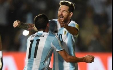 Messi y Di María, durante un partido con la selección Argentina