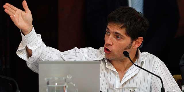 El viceministro de economía argentino, Axel Kicillof.   Reuters