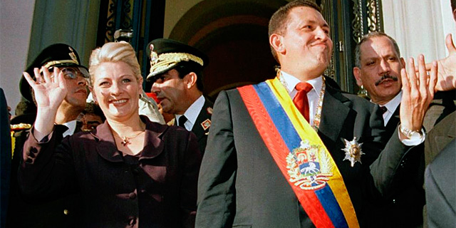 María Isabel, en la primera toma de investidura de Chávez. | Afp