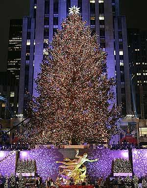 El árbol de Navidad del Rockefeller Center, en Nueva York. (Foto: AFP)