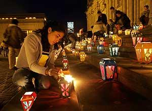 Recuerdo en Bogotá a los diputados fallecidos. (Foto: AFP)