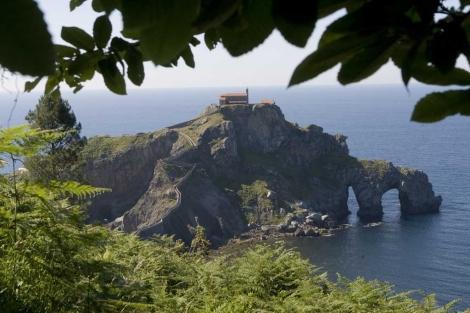 Ermita de San Juan de Gaztelugatxe, en la costa de Vizcaya. | Mitxi