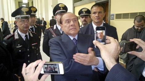 Silvio Berlusconi, a la salida del Tribunal de Milán, el pasado mes de julio. | E.M.