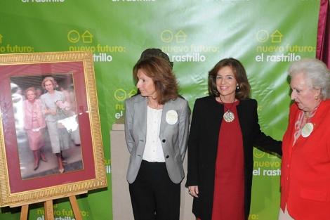 Botella junto a la infanta Pilar a su llegada a la inauguración. | Ayto.