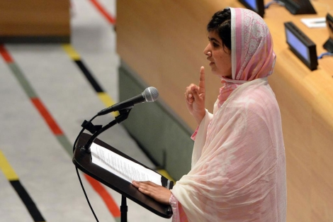 La estudiante paquistaní Malala Yousafzai habla en las Naciones Unidas.| Afp