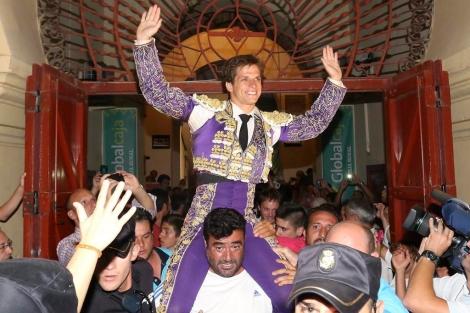 El Juli, a hombros en la Feria de Albacete. | Luis Vizcaíno