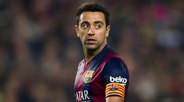 Xavi iguala a Raúl con 741 partidos oficiales