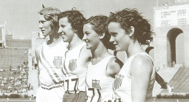 Von Bremen, Rogers, Furtsch y Carew, en el Memorial Coliseum, 1932