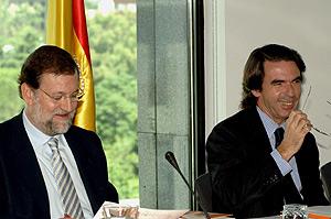 Rajoy junto a Aznar
