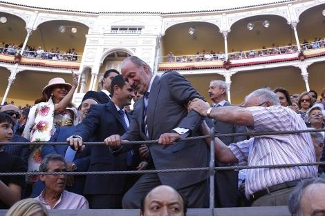 El rey Juan Carlos, a su entrada en la Plaza de Toros de Las Ventas. | Antonio Heredia