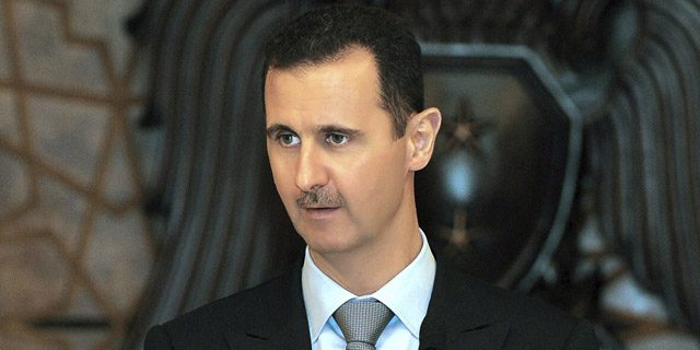 Bashar Asad pronuncia un discurso durante un banquete en honor a los clérigos musulmanes en Damasco. | Efe