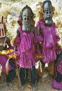 Miembros del pueblo dogón. | E.M.