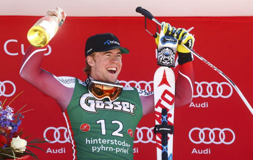 Aleksander Aamodt Kilde celebra su victoria en Hinterstoder.