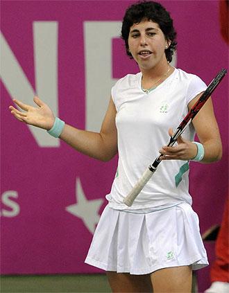 Carla Suárez en un lance del partido de Fed Cup en la República Checa.